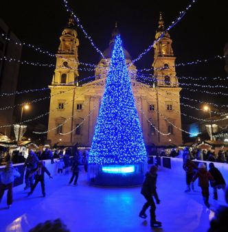 Advent Fair Budapest St Stephen Basilica